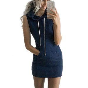 Dresses & Skirts - Black hooded pocket dress